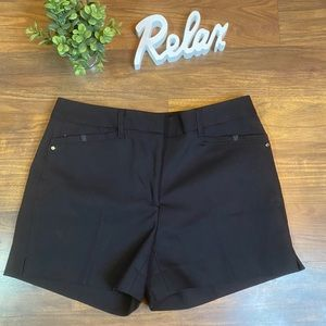 🆕Tahari black shorts